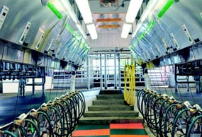 gea-side-by-side-parlor-magnum-90i-vertical-lift-min